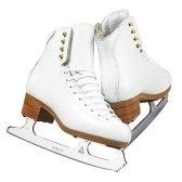 На коньках. Саша Чёрный