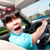 conducir - водить машину