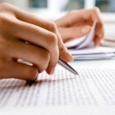 proofread - читать корректуру, вычитывать
