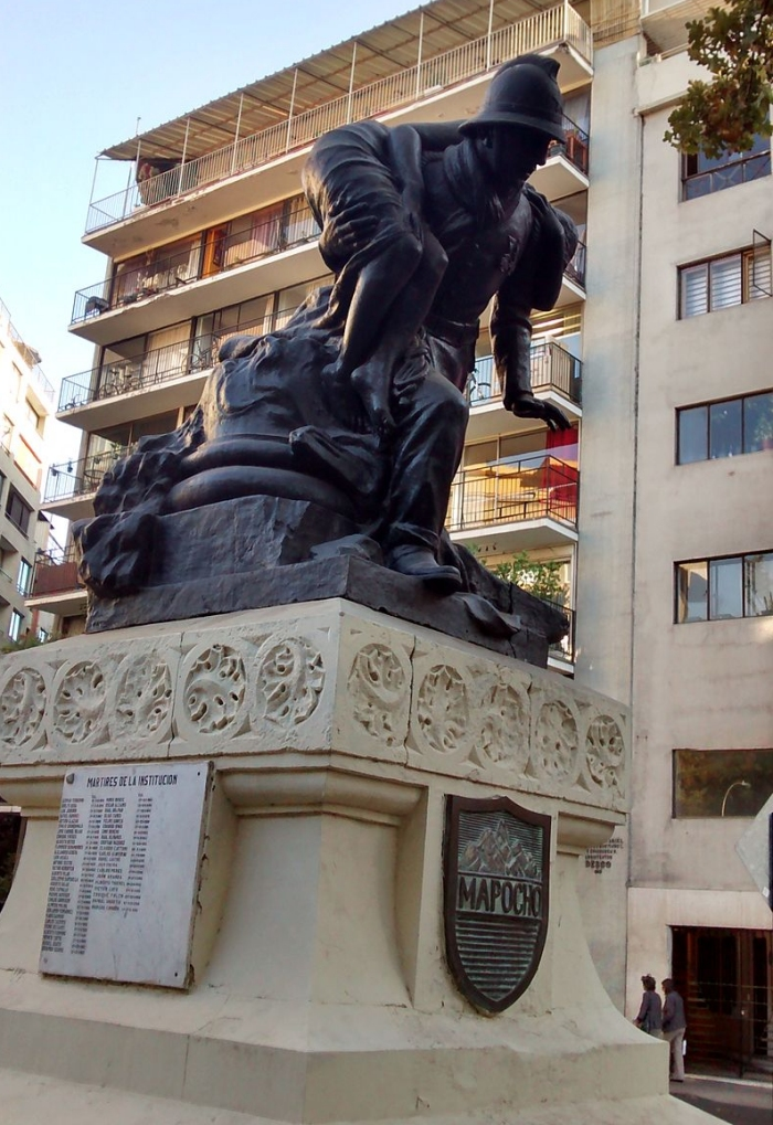 Monumento al Bombero en Santiago