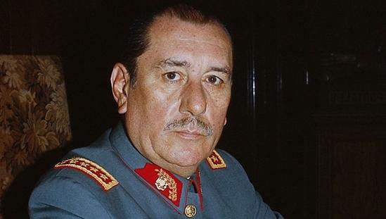 Карлос Пратс